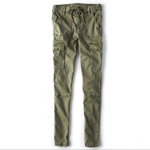American Eagle Hi-Rise Cargo Skinny Pants Green